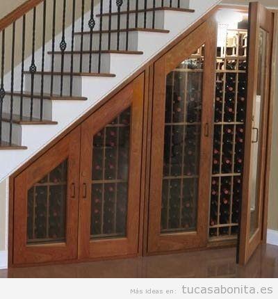 Ideas para aprovechar y decorar el espacio del hueco de la escalera