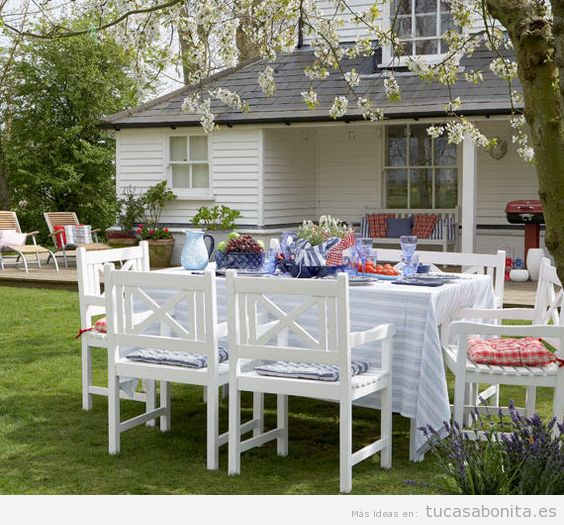 8 ideas para decorar terrazas jardines o patios tu casa for Ideas para decorar un patio con piscina