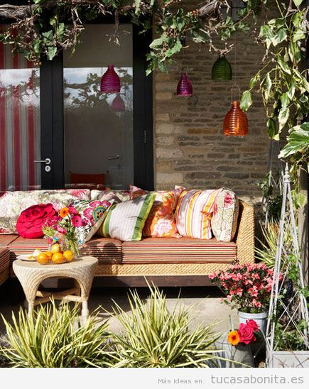 8 ideas para decorar terrazas jardines o patios tu casa for Ideas para decorar patios y jardines