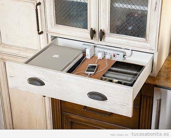 Ideas DIY esconder apartados electrónicos en cajón