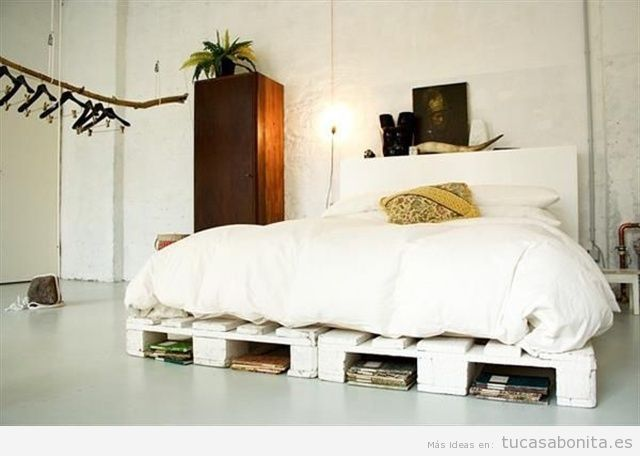 10 camas de matrimonio hechas con palets tu casa bonita for Ideas para decorar la cama