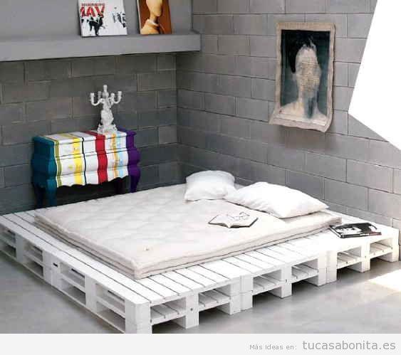 10 camas de matrimonio hechas con palets tu casa bonita for Base de cama hecha con tarimas