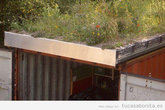 Casas hechas con contenedores marítimos y tejados jardín 6