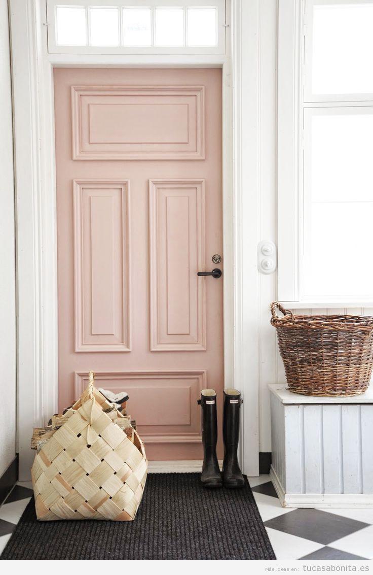 Puerta interior color rosa cuarzo, color Pantone 2016
