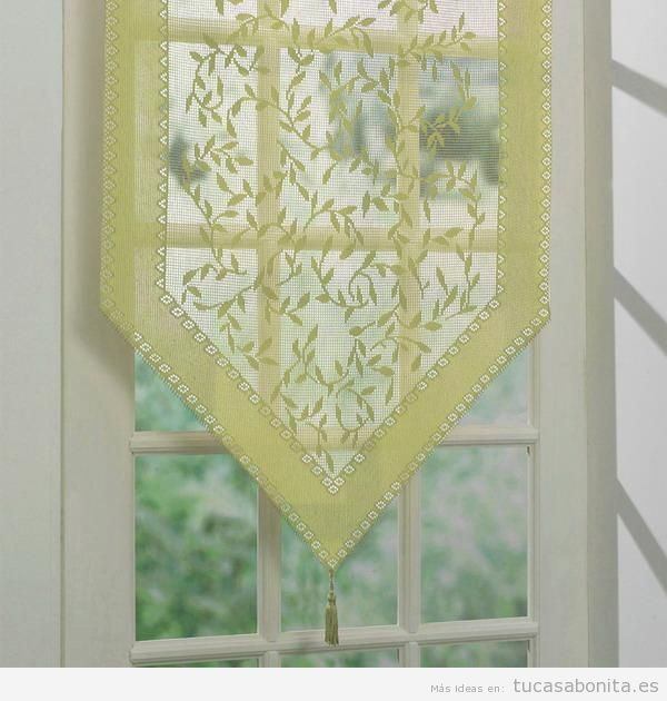 Decoración de ventanas con paños y pañuelos