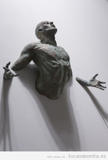 Cuadro escultura surrealista para decorar casa