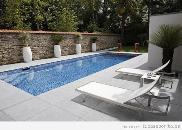 Ideas para decorar una piscina de exterior en casa