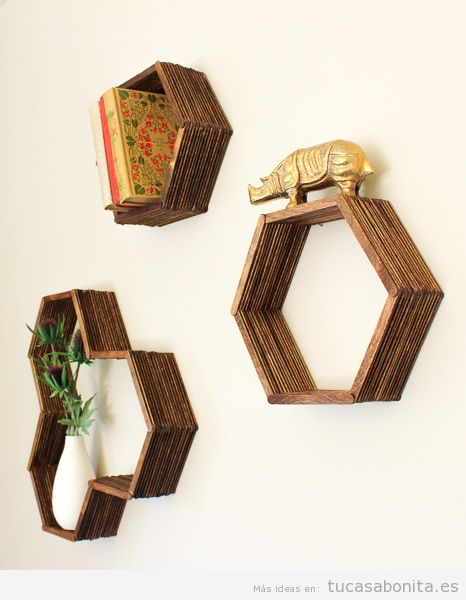 Estanterías Bote DIY hecha con palitos de polo para decorar casa