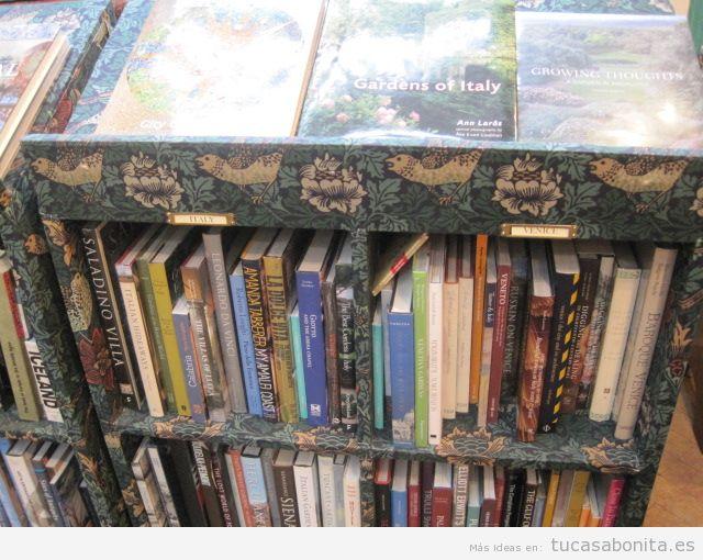 Ideas estanterías para libros con técnica découpage 6