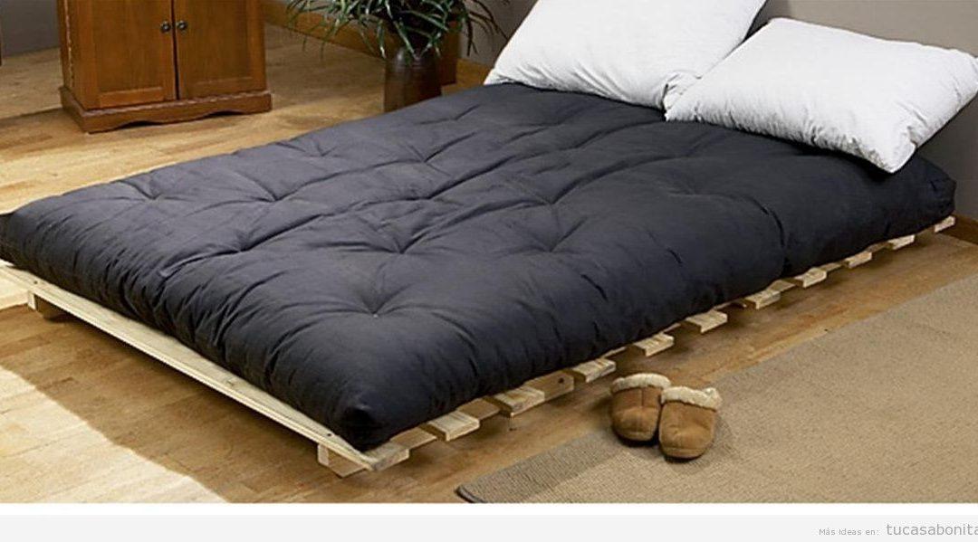 Camas estilo japonés con futón para el dormitorio de matrimonio