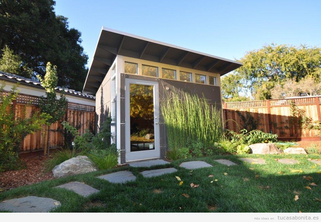 Cobertizos y casetas bonitos para patios y jardines 2