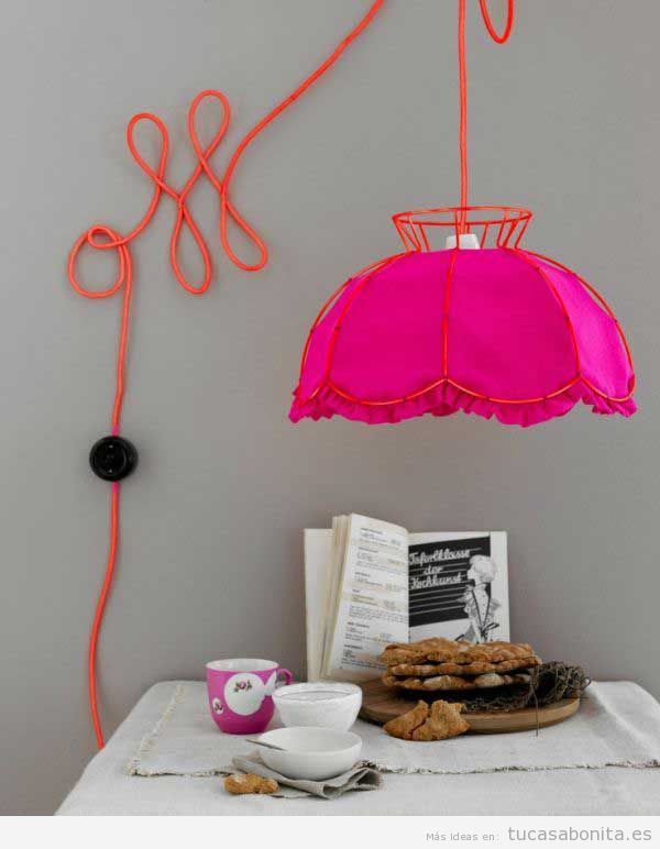 Ideas para esconder o disimular cables en la pared 3