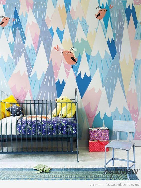 Mural pintado en la pared de una habitación infantil