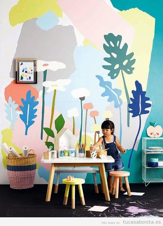 Mural pintado en la pared de una habitación infantil 2