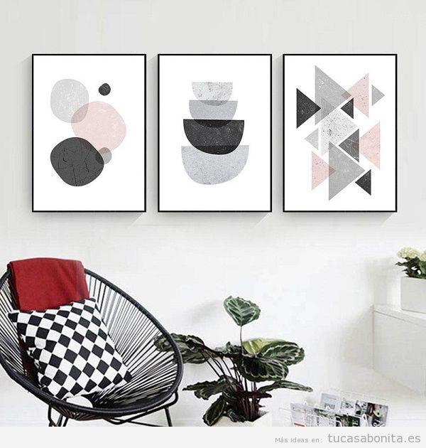 Decoración sala de estar minimalista con láminas geométricas