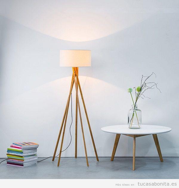 Decoración sala de estar minimalista con lámpara de pie