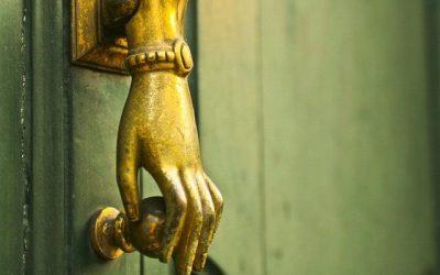 Preciosas cerraduras y aldabas que harán que la puerta de tu casa sea de ensueño