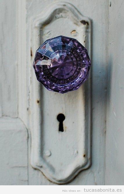Cerradura vintage con pomo cristal