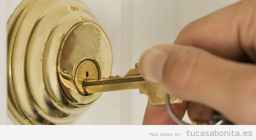 Consejos mejorar seguridad casa, cerrar con llave