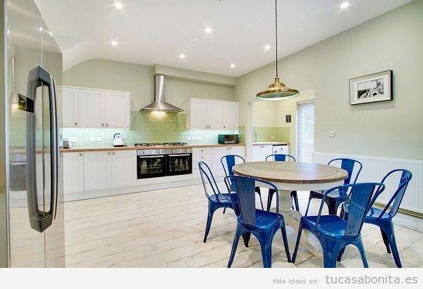 La mejor iluminación en la cocina con downlights LED empotrados
