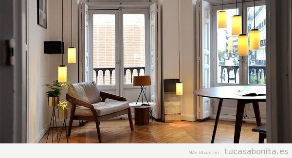 Sala de estar con mobiliario nórdico