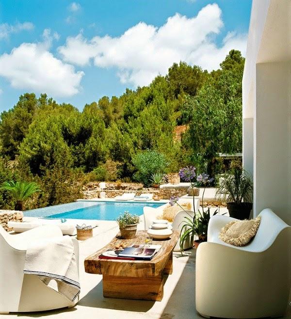 Casa costa mediterranea con piscina