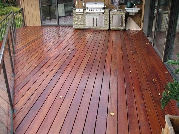 Tarimas de madera para exterior y terrazas