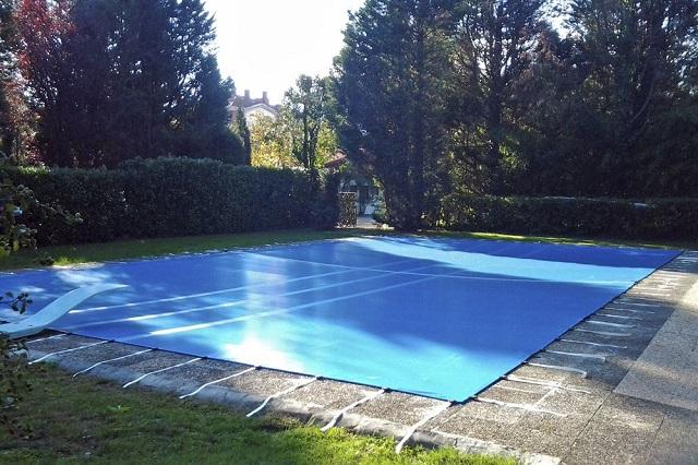 Cobertor piscina con amarres 3