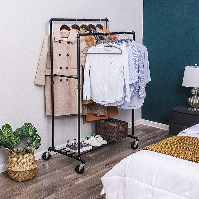 Cómo comprar percheros para tienda de ropa, dormitorio o vestidor