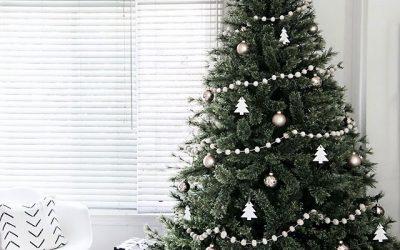 Cómo decorar un árbol de Navidad elegante: 10 ideas con clase
