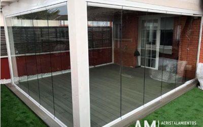 ¿Cómo acristalar la terraza de tu hogar sin perder vistas?