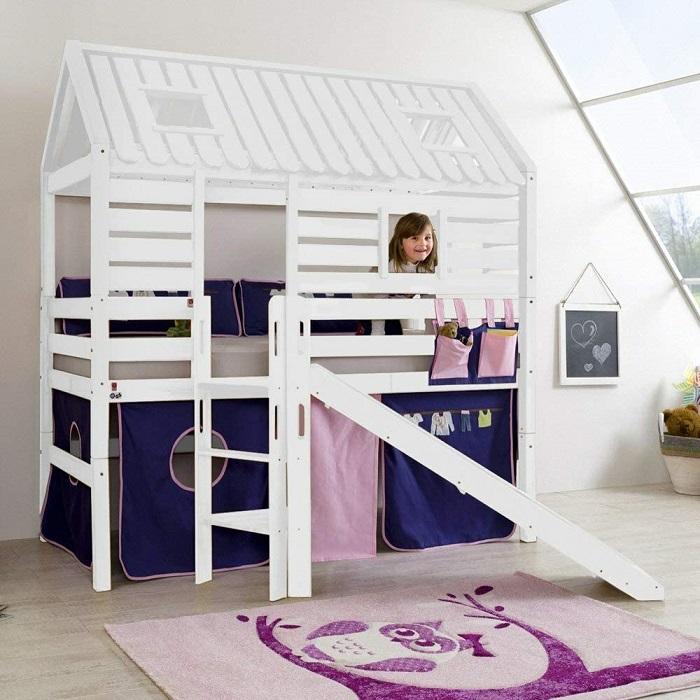 Cama infantil original casita de madera