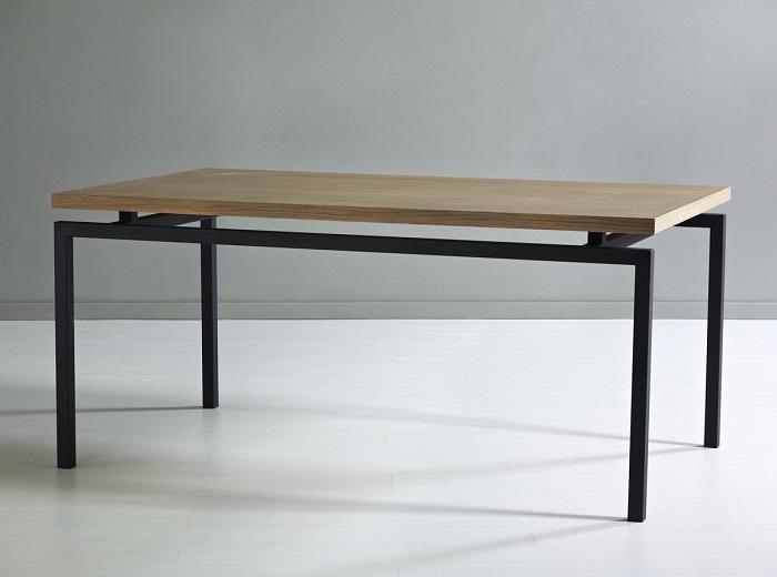 Mesa de comedor rectangular industrial
