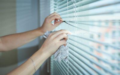 Las ventajas de instalar persianas alicantinas y cortinas de tiras en el hogar