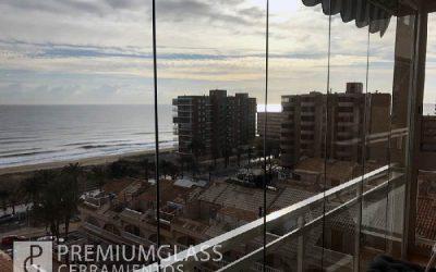 Cerramientos sin perfiles, una nueva forma de aprovechar tu balcón