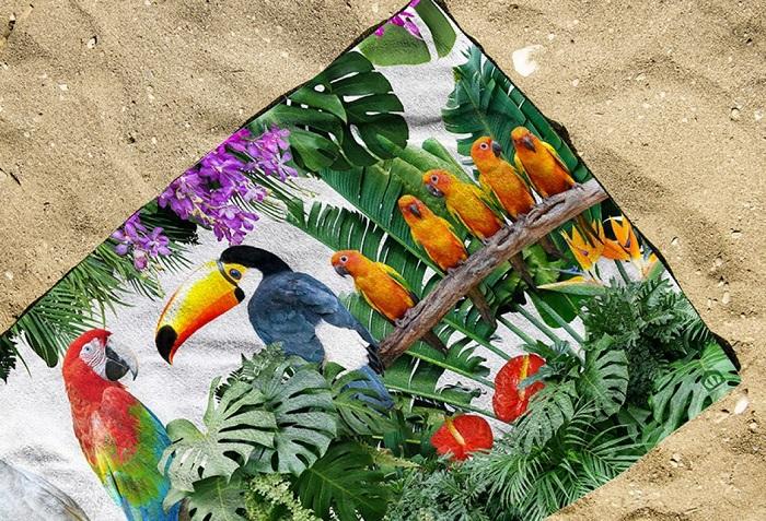 Toalla de playa de pájaros